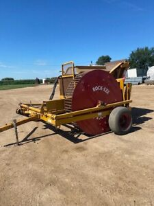 Duratech Model 3106 Rock eze Rock Rake
