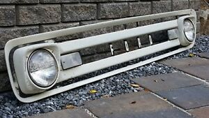 1961 Ford Truck F100 Unibody Original Grille Assembly 1962 1963 1964 1965 1966