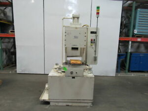 Manchester 6000 20 Ton Capacity Hydraulic Crimping Press 3 Stroke