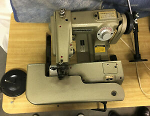 Consew Commercial Sewing Machine Blind Stitch Model 817 And Table