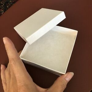 Lot Of 40 Square White Swirl Gift Boxes For Jewelry 3 1 2 X 3 1 2 X 1 1 2