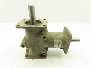 Plessey R3330 Anglgear Right Angle Gear Drive 1 1 Ratio 3 4 Two way Shaft