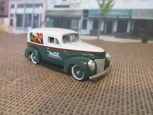 Johnny Lightning Coca Cola 1940 Ford Sedan Delivery 1/64 diecast Rubber tires