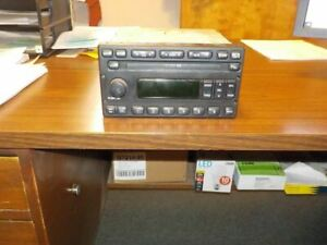 Audio Equipment Radio Am Fm Cd And Mp3 Player Fits 02 04 Escape 366227