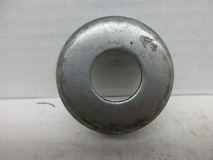 Nos Ih Cultivating Gauge Wheel Hub Collar 522371r1