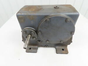 Worm Gearbox Reducer Cast Iron Double reduction 300 1 Ratio