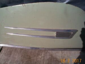 Rare 1941 Buick Deluxe Pair Of Fender Skirts Excellent Metal Nice Quality 1941