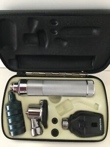 Welch Allyn Diagnostic Set 97120 W 11710 Ophthalmoscope 20200 Pneumatic Otos
