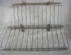 Store Display Fixtures 5 Wire Chrome Display Shelves For Wall Standards 15 Long