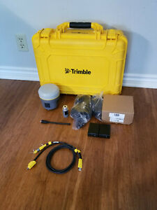 Trimble R10 Gps Gnss Galileo Beidou Rtk Survey Receiver W 410 470mhz Radio