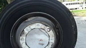 Bridgestone 19 5 Truck Tires Used But Low Miles With Rims Fit A 26k Box