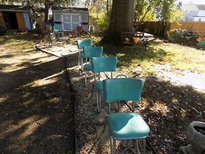 1950 S Diner Table And 4 Chairs