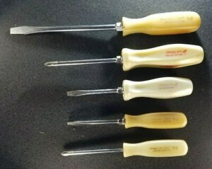 Snap On 500 Limited Racing Edition Screwdrivers White Hard Handle Philips Flat