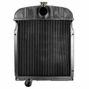 Radiator Compatible With International 2444 424 444 2424 388458r91