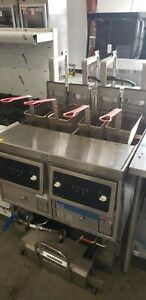 Ultrafryer E17 14 Two Vat Commercial Electric Deep Fryer With Filter System