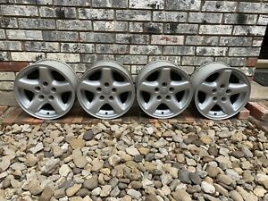 1997 1998 1999 2000 2001 2002 2003 2004 2005 Jeep Wrangler Cherokee Wheels Rims