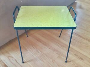 Vintage Mid Century Yellow Side Table Stand Squiggly Lines Metal Legs Formica