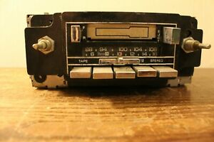 Vintage Delco Am Fm Cassette Car Radio Gm2700