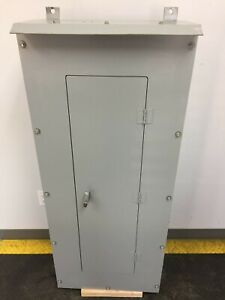 Cutler Hammer 225 Amp 208 120 Volt 3 Phase 30 Circuit 3r Panel With Breakers p