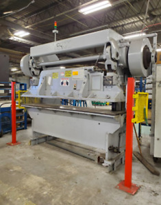 Verson 45 Ton X 8 Press Brake