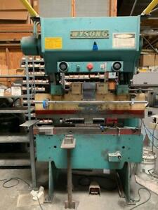 20 Ton X 4 Wysong Hydra mechanical Press Brake 52 Bed Comes W Tooling
