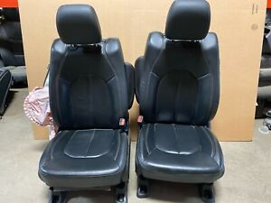 2018 Chrysler Pacifica Front Leather Bucket Seats With Rear Screens