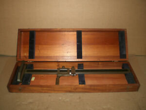 Brown And Sharpe Vernier Height Gage 19 With Wood Storage Box