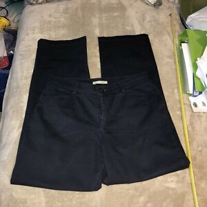 Lee 12 Medium Navy Blue Relaxed Straight Leg At The Waist Khaki Chino $14.99