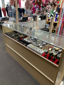 70 X 18 X 38 Jewelry Showcase Retail Display Case Local Pickup Only