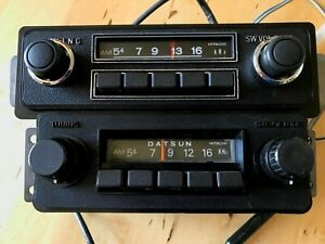 Lot Of Two Working 1970 S Datsun Am Radios W Faceplates Knobs 610 710 620 Truck