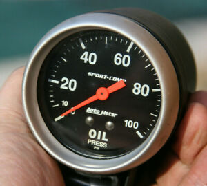 Autometer 2 5 8 Sport Comp Vintage Oil Pressure Gauge Mounted In Cup