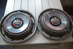 Pair Battered Old 69 72 Jeep Kaiser 15 Inch Wheelcovers Very Ratty