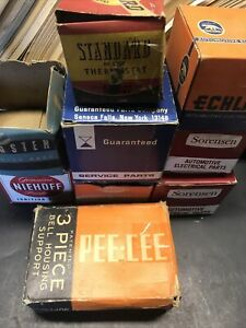 Vintage Accessories Switch 30 s 40 s 50 s Display Box Lot