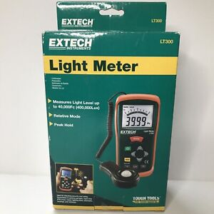 Extech Lt300 Light Meter With Digital And Analog Display b4 Sealed