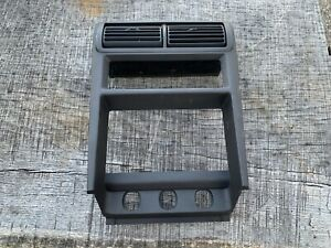 99 04 Ford Mustang Center Dash Climate Radio Bezel Vent Trim Cover Dark Gray S27