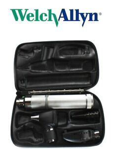 Welch Allyn Diagnostic Set Complete With Otoscope Ophthalmoscope Handle Case