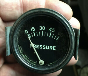 Rochester Vintage 60 Lbs 2 1 16 Oil Pressure Gauge Sweep Needle