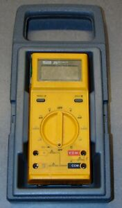 Fluke 25 Multimeter With Hard Carry Case And Probes