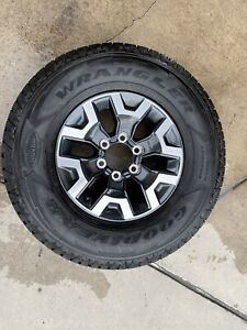 2021 Toyota Tacoma Trd Off road Factory Wheels And Tires W Lugs And Center Caps