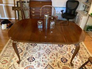 Mahogany Dining Table W 2 Leaf Set Queen Anne Cabriole Legs Seats 6 12