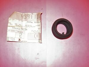 Nos Gearshift Cover Bellows Fits Deutz Allis Tractor Part 433245