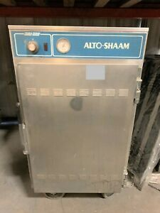 Alto shaam 1000 s Halo Heat 1 2 Height Insulated Mobile Heated Cabinet