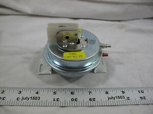 1 New Weil Mclain Pressure Differential Switch 511624514 Vhe 1 2 Wc Pf