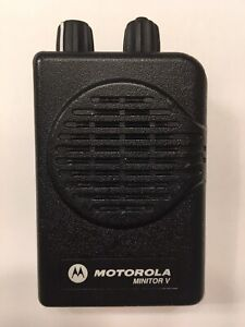 Motorola Minitor V 5 Low Band Pagers 45 49 Mhz Stored Voice 2 channel