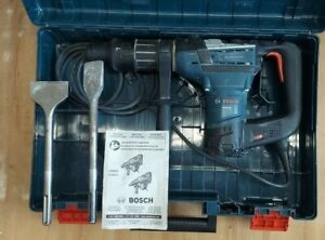 Bosch Rh540m 1 9 16 Sds Max Rotary Hammer Drill W 2 Scaling Chisels In Case