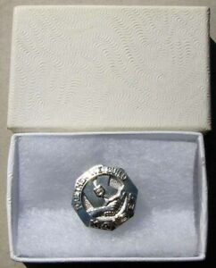 Nos Kaiser 5 Year Silver Screw Back Service Pin In It S Box G760