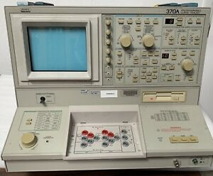 Tektronix 370a Curve Tracer Without Protect Cover Power On Tested Passes Self Te