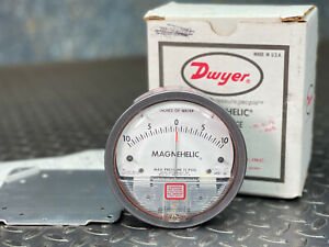 Dwyer Magnehelic 4 Pressure Gauge 2003 lt asf 10 0 10 Inches Of Water