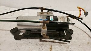 2005 07 Ford Mustang Convertible Folding Lift Top Roof Hydraulic Pump Motor Oem