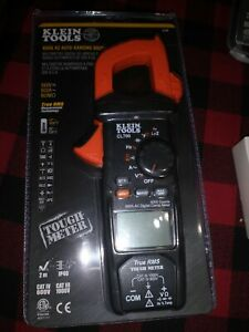 Klein Tools 600 Amp Ac True Rms Auto ranging Digital Clamp Meter With Temp Cl700